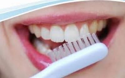 CroppedImage400250-mond-tandenborstel